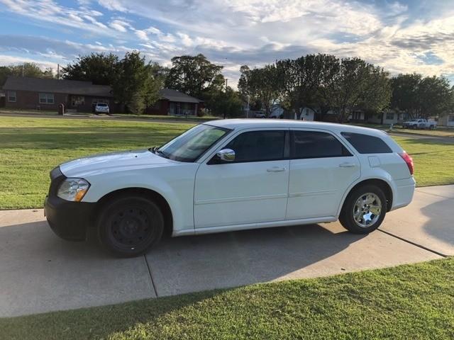 Dodge MAGNUM 2007 price $2,500