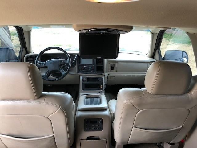 Chevrolet SUBURBAN 2005 price $500 Down