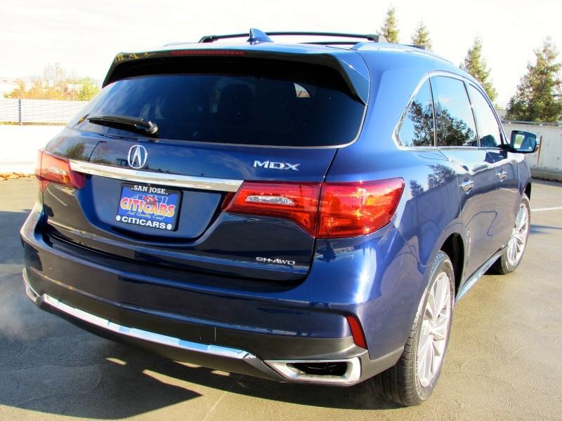 Acura MDX 2017 price $32,995