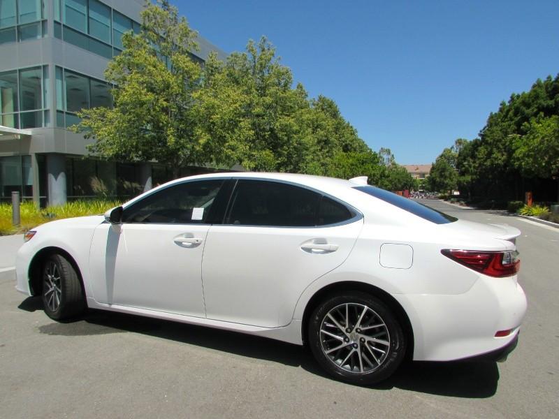 Lexus ES 350 2016 price $0