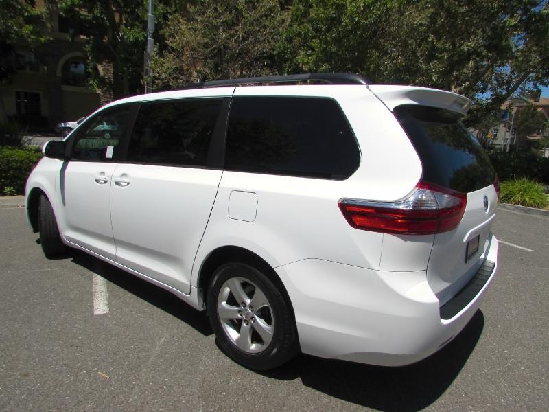 Toyota Sienna 2017 price $0