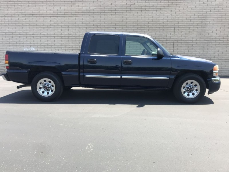 GMC Sierra 1500 2005 price $6,000