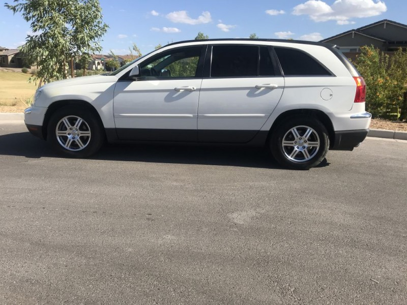 Chrysler Pacifica 2007 price $4,500