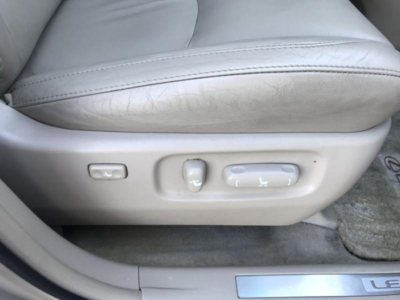 Lexus RX 330 2006 price $6,000