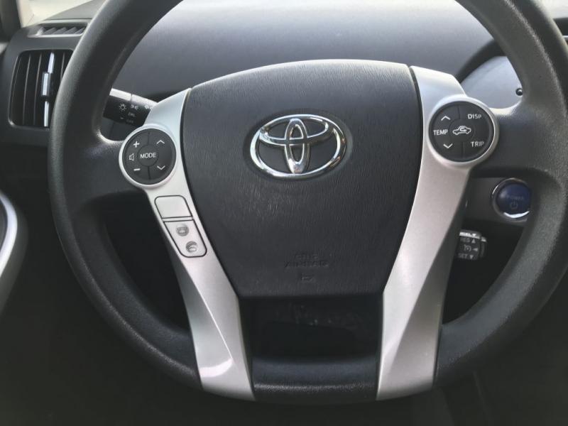 Toyota Prius 2015 price $11,000