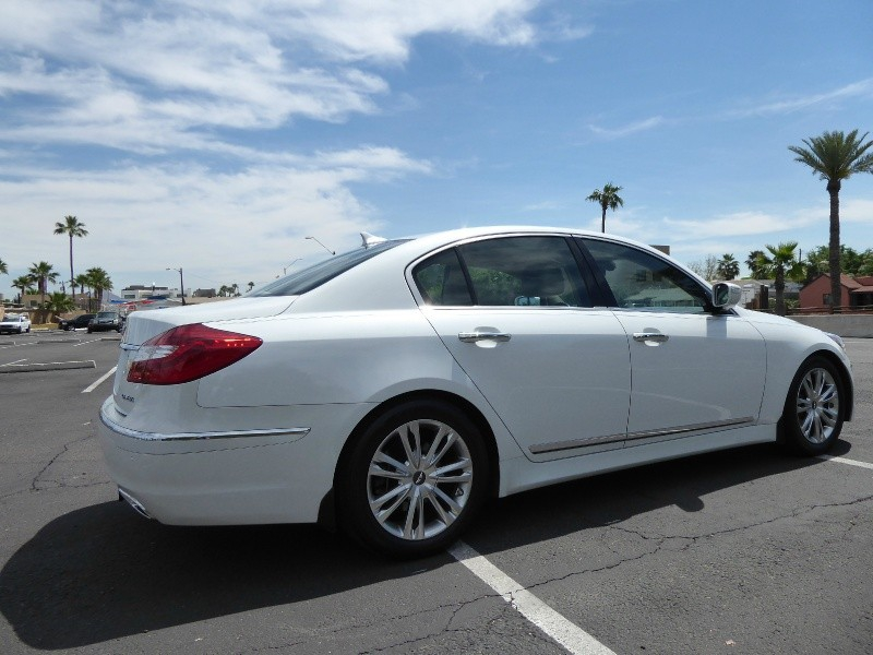 Hyundai Genesis 2012 price $9,950