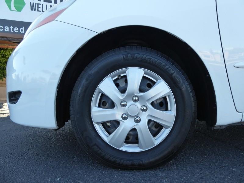 Toyota Sienna 2010 price $6,995