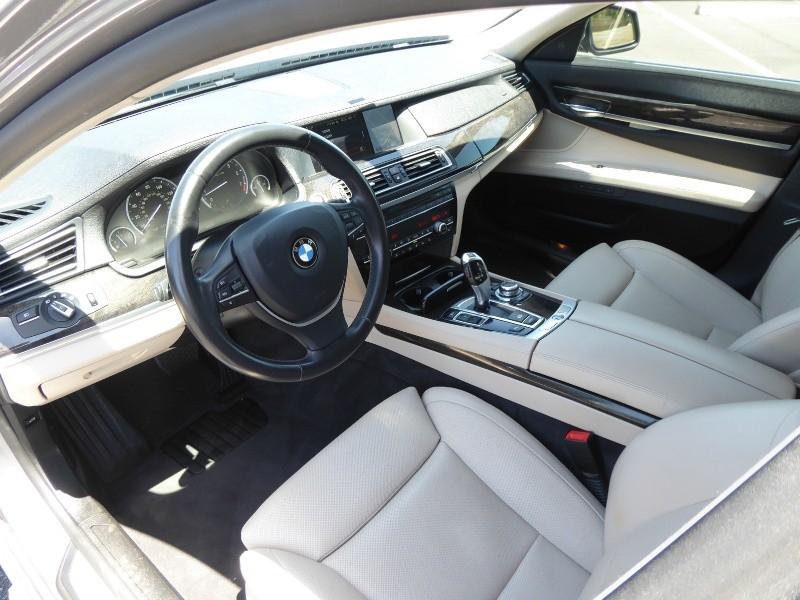 BMW 7-Series 2012 price $17,950