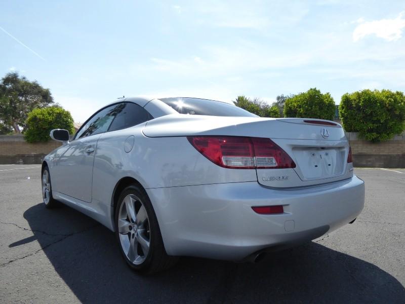 Lexus IS 350C 2010 price $17,995