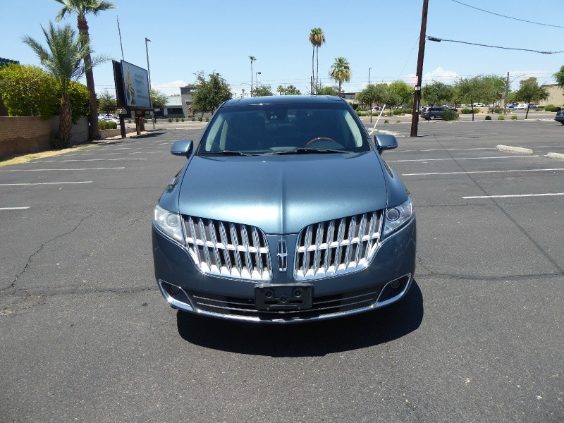 Lincoln MKT 2010 price $5,995