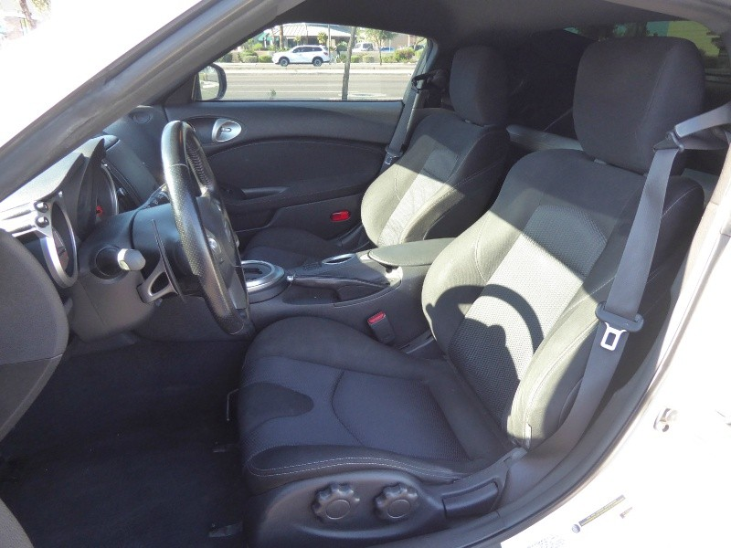 Nissan 370Z 2011 price $12,450