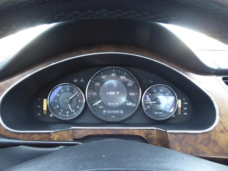 Mercedes-Benz CLS-Class 2006 price $10,995