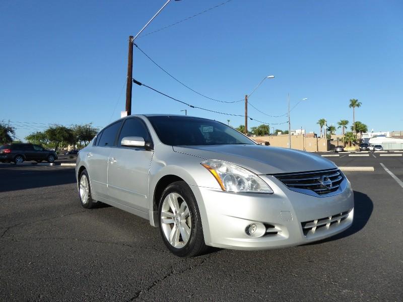 Nissan Altima 2011 price $7,750