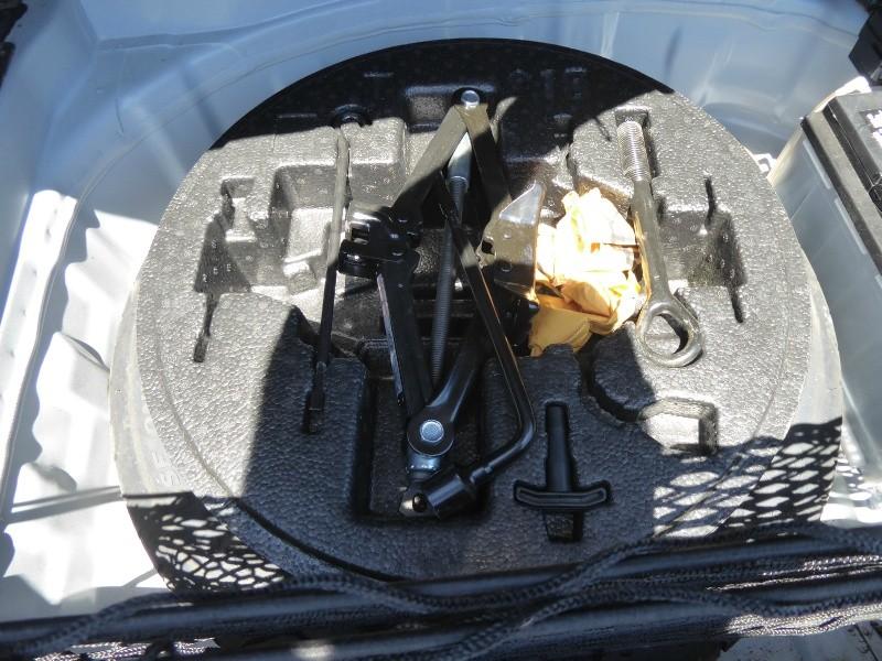 Hyundai Genesis 2012 price $12,950