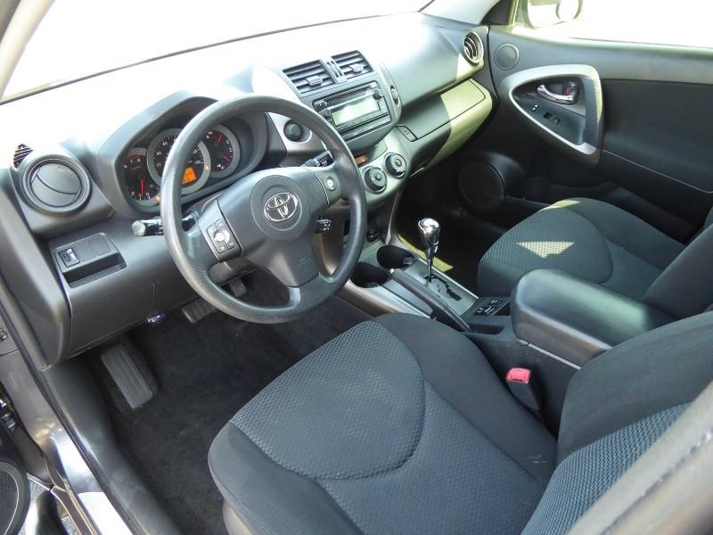 Toyota RAV4 2012 price $9,995