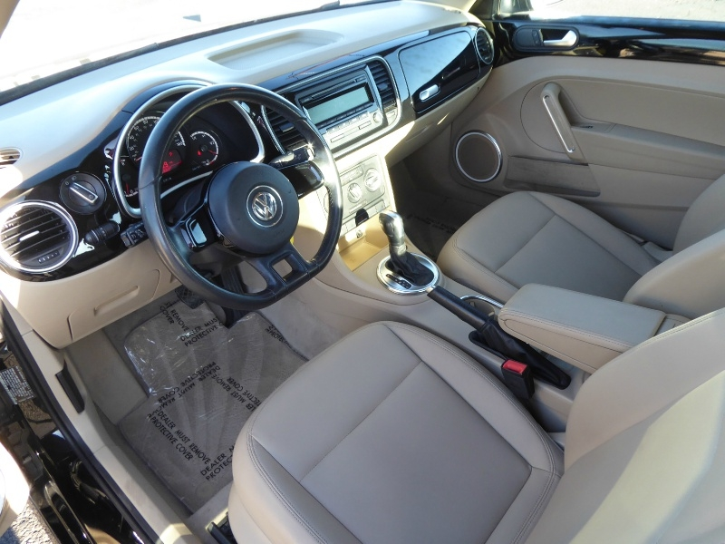 Volkswagen Beetle Coupe 2013 price $8,950