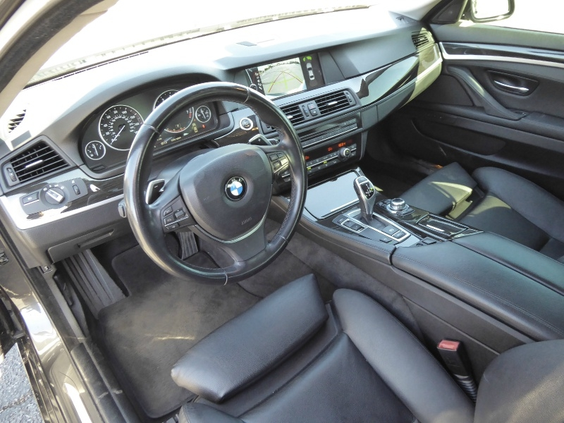 BMW 5-Series 2011 price $16,995