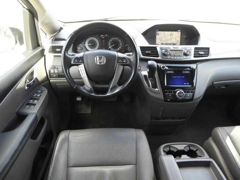 Honda Odyssey 2016 price $15,950