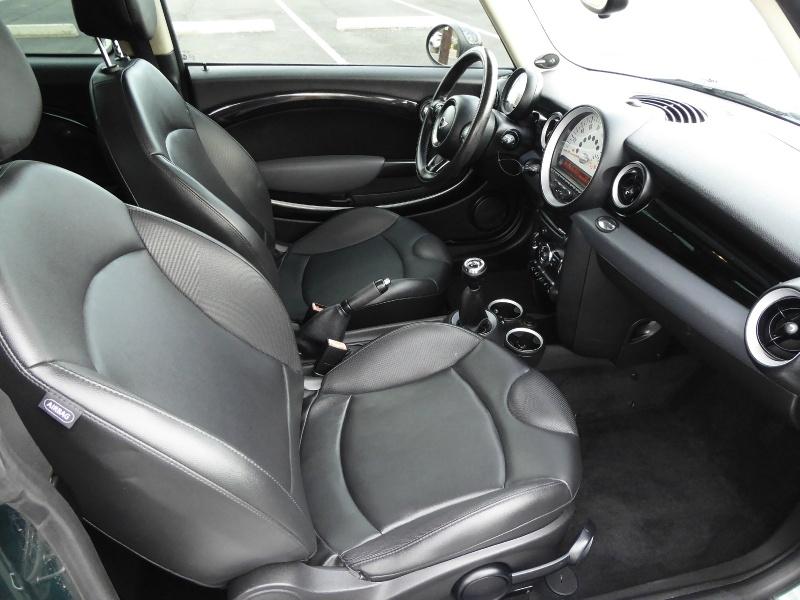 Mini Cooper Clubman 2012 price $8,450