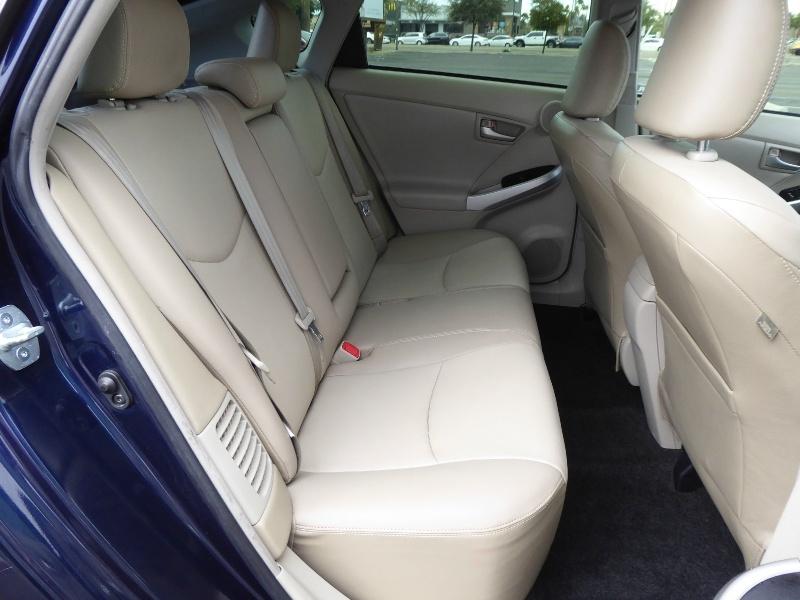 Toyota Prius 2015 price $13,950