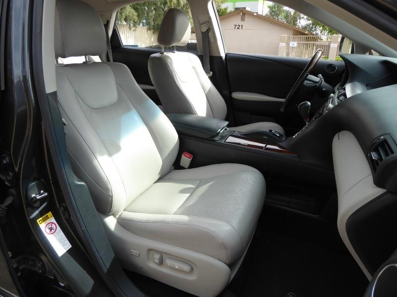 Lexus RX 450h 2010 price $12,950