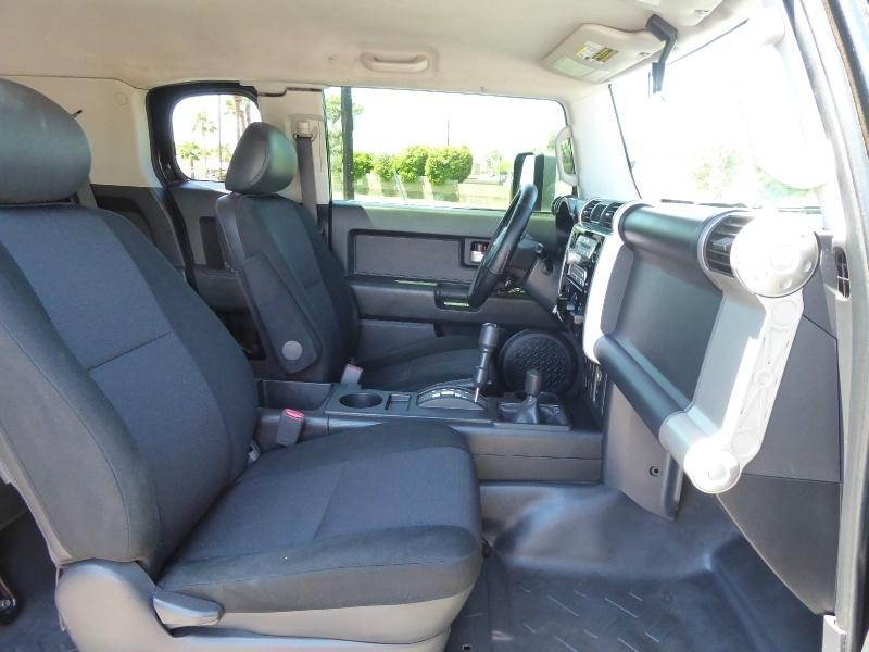 Toyota FJ Cruiser 2007 price $17,950
