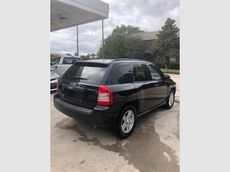 Jeep Compass 2010 price $4,800