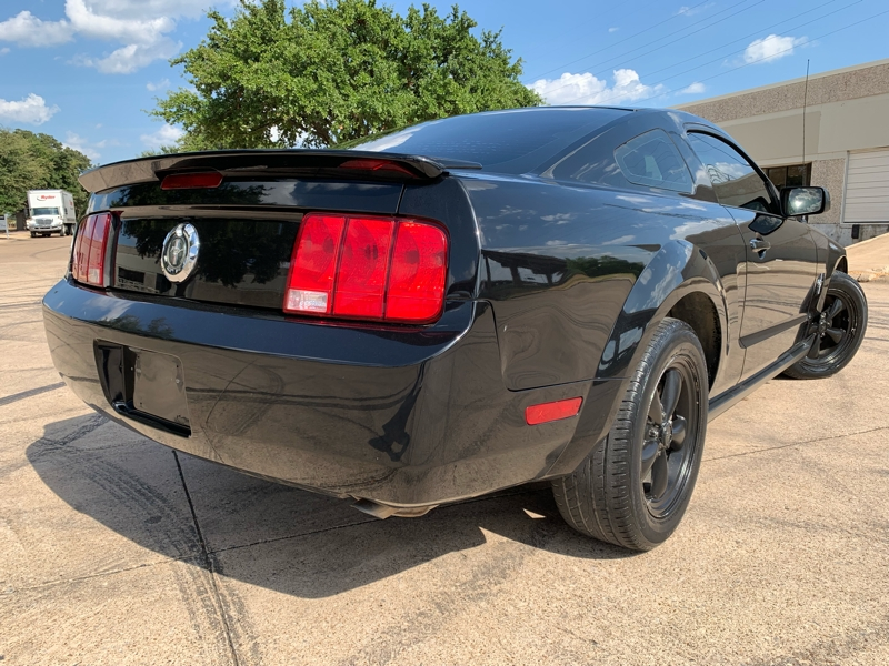 FORD MUSTANG 2008 price $5,900