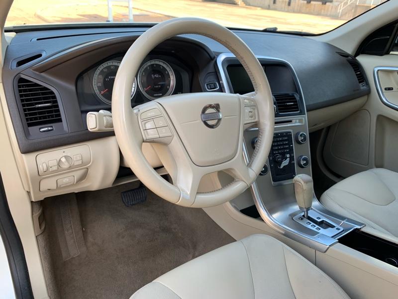 VOLVO XC60 2012 price $9,900