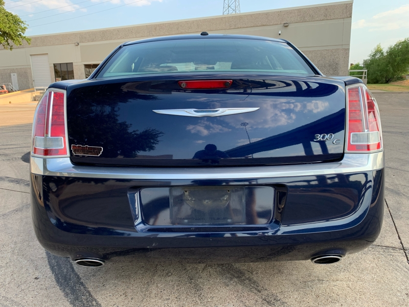 CHRYSLER 300C 2013 price $11,900