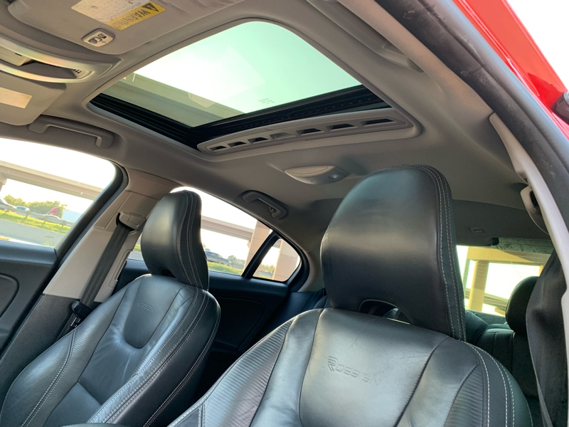 VOLVO S60 2012 price $9,900