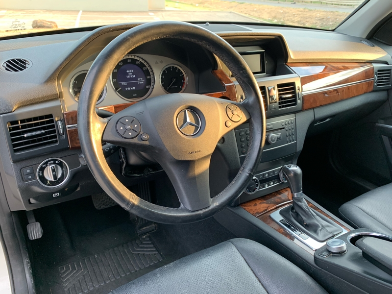 MERCEDES-BENZ GLK 2012 price $8,900