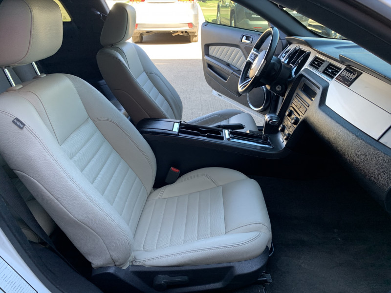 FORD MUSTANG 2012 price $7,900