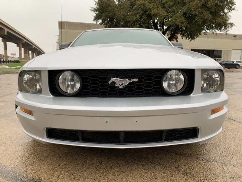 FORD MUSTANG 2005 price $11,897