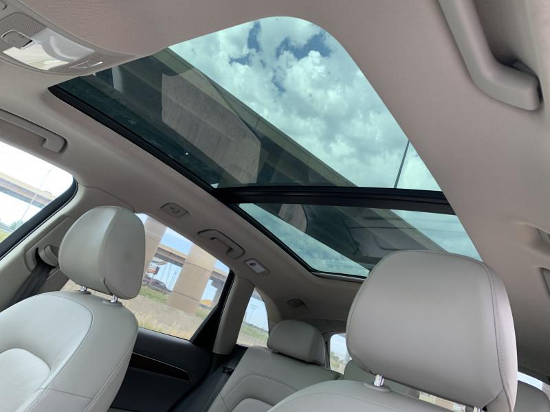 AUDI Q5 2012 price $9,900