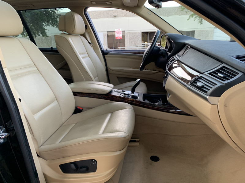BMW X5 2009 price $7,900