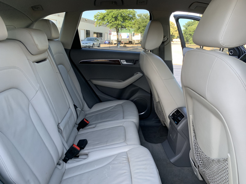 AUDI Q5 2011 price $12,900