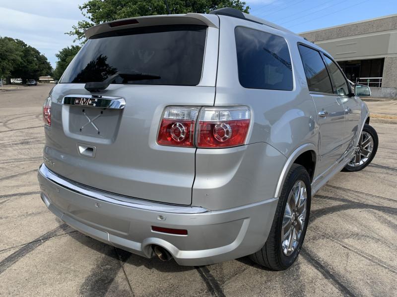 GMC ACADIA 2011 price $9,900
