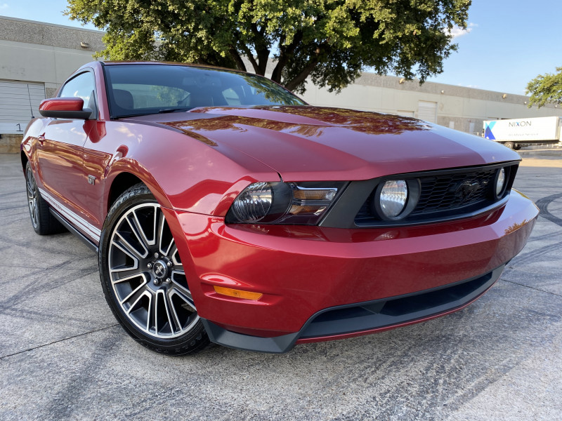 FORD MUSTANG 2010 price $12,900