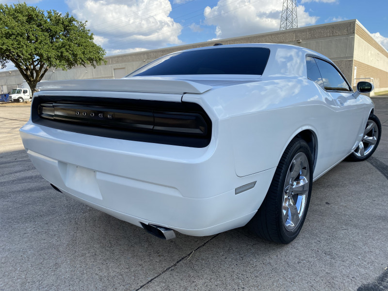 DODGE CHALLENGER 2010 price $12,900
