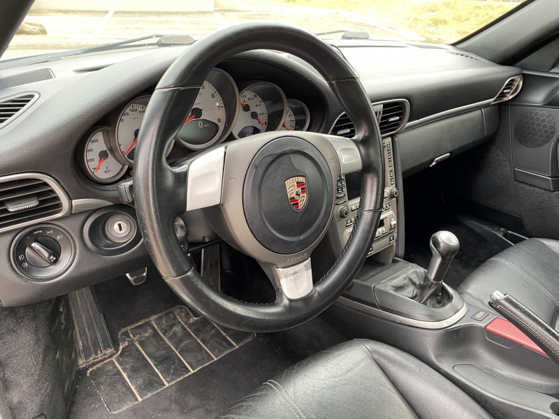 PORSCHE 911 2006 price $28,900