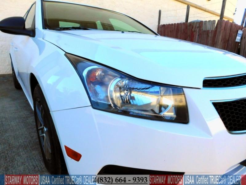 Chevrolet Cruze 2014 price $8,495