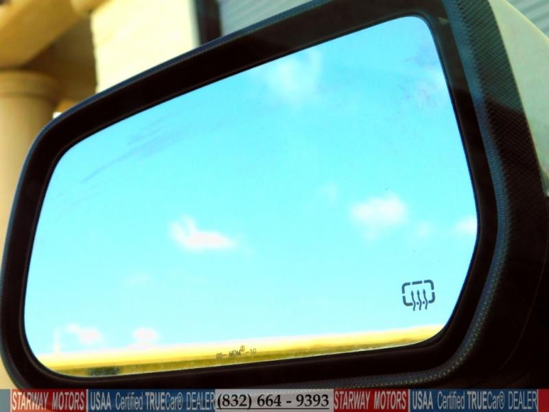 Chevrolet Equinox 2010 price $8,199