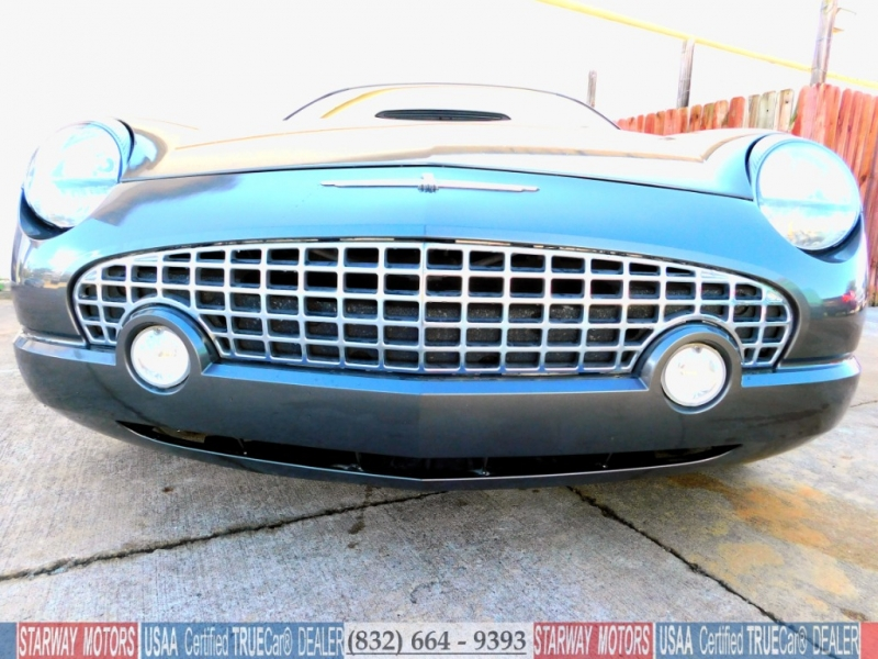 Ford Thunderbird 2003 price $15,495