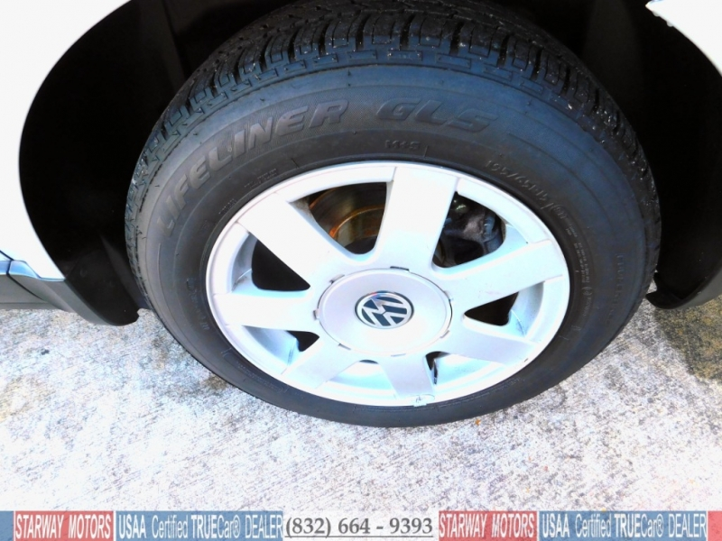Volkswagen Passat 1999 price $5,495