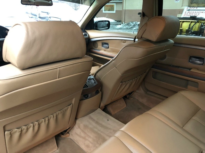 BMW 7-Series 2007 price $9,495