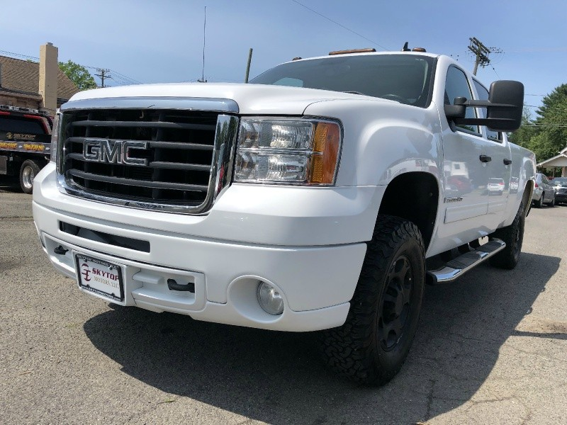 GMC Sierra 2500HD 2009 price $17,995
