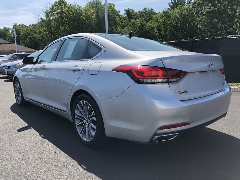 Hyundai Genesis 2015 price $14,995