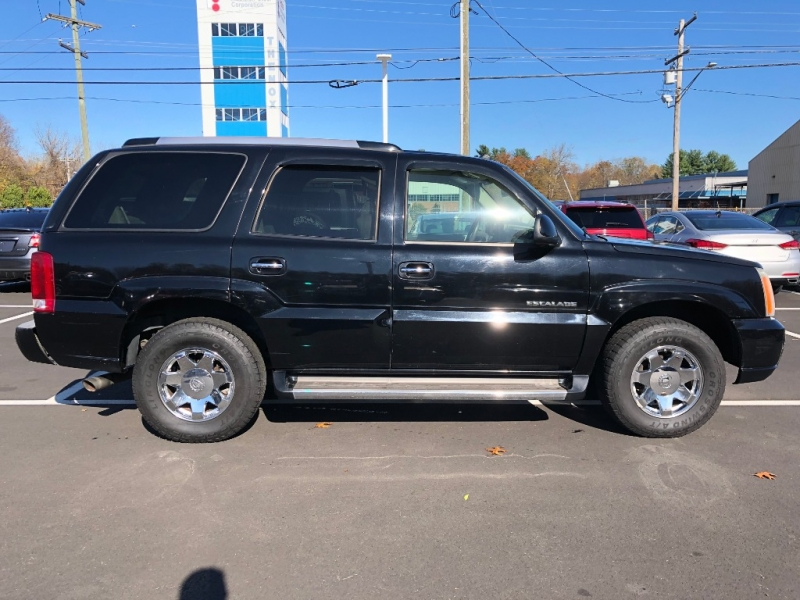 Cadillac Escalade 2005 price $6,995