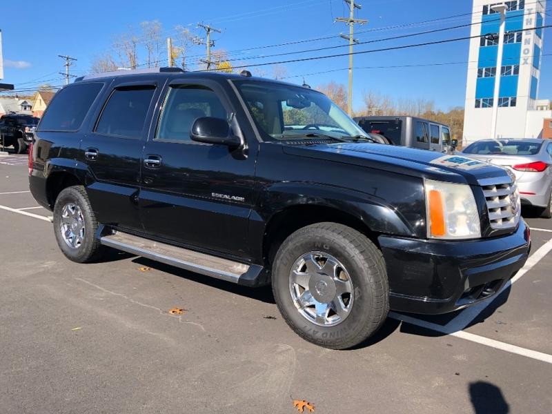 Cadillac Escalade 2005 price $6,995